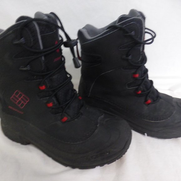 COLUMBIA SPORTSWEAR black waterproof boots size 6